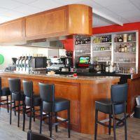 Habillage bois Okoumé d'un comptoir de bar existant (Après)