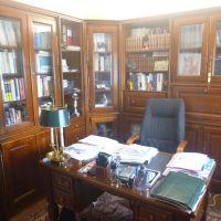 Bibliothèque en Merisier , finition vernis