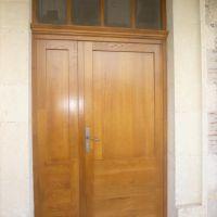 Fabrication , fourniture et pose d'une porte d'entrée tiercée avec imposte de 58mm , Chêne , double vitrage , petits bois collés 2 faces